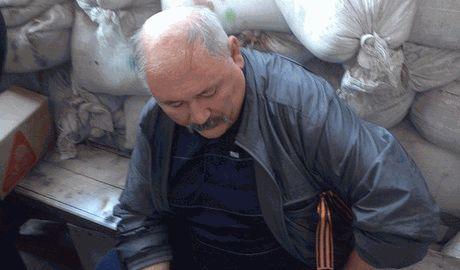 Люстрация через свалку, в Запорожье активисты засунули в мусорный бак экс-атамана войска запорожского с пророссийскими взглядами