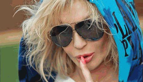 Ирина Билык на презентации альбома показывала эротические упражнения