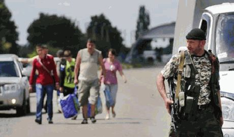 Беженцы из Донбасса в РФ, уже просятся обратно в «бандеровскую Украину»