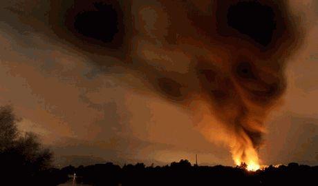 В Германии на химзаводе прогремел мощный взрыв, в городе готовят эвакуацию ФОТО
