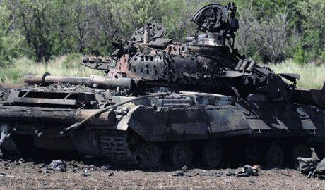 """Асимметричный ответ, в замен на обстрел системами залпового огня """"Град"""", украинские разведчики уничтожили три танка РФ"""