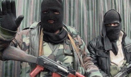 «Я сюда приехал не какую-то вашу «Новороссию» защищать, а получать свои 117 тысяч!» — боевики ОРДЛО жалуются на «безыдейного» российского подполковника