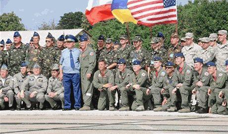 Главком НАТО назвал «паранойей» и «глупостью» обвинения Кремля в том, что учения в Украине — провокация против России