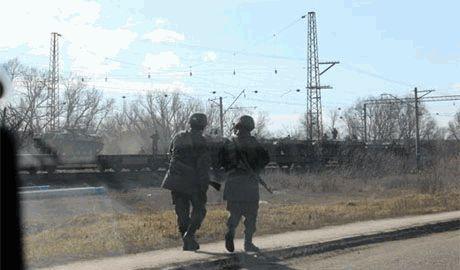 Россия стягивает войска к украинской границе, у военных начали отбирать документы – Тымчук
