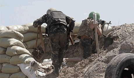 """После обстрела из """"Градов"""" и атаки чеченцев на танках, бойцы 93 бригады потеряли контроль над блок-постом возле Ясиноватой"""
