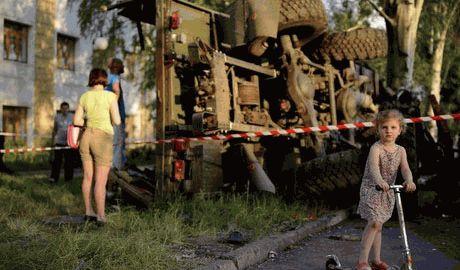 Террористы заставляют воспитателей детских садов Луганска работать за миску супа