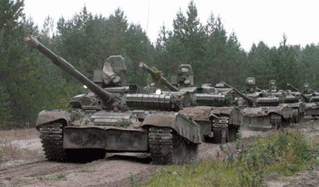 Силы АТО закрепляются в подконтрольных населённых пунктах. Прибыло много современных танков и артиллерии, – луганский журналист