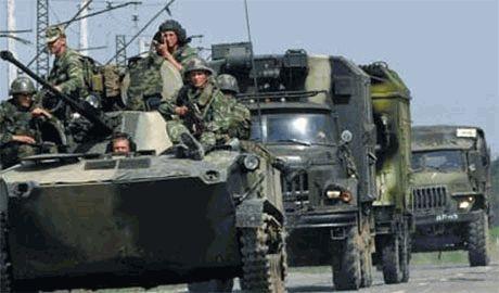 Российские агрессоры запасаются оружием. В Луганск прибыла очередная колонна военной техники из РФ