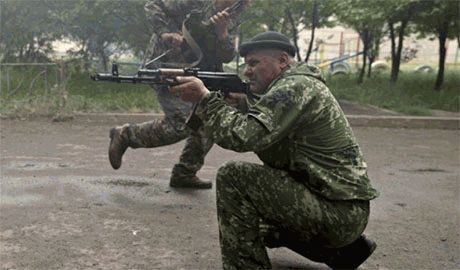 В Донецке возобновились интенсивные бои. Много попаданий в жилые дома