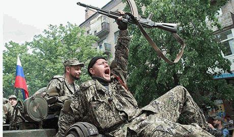 Казненных боевиками мирных жителей Донбасса находят в братских захоронениях с «фирменным почерком» террористов