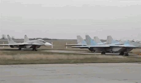 После захвата Донецкого аэропорта боевики планируют перегнать туда самолеты захваченные в Крыму, — эксперт