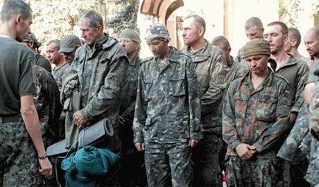 Боевики ДНР считают, что для обмена на пленных украинцев «им» подсовывают уроженцев Донбасса «отловленных на улицах Киева»