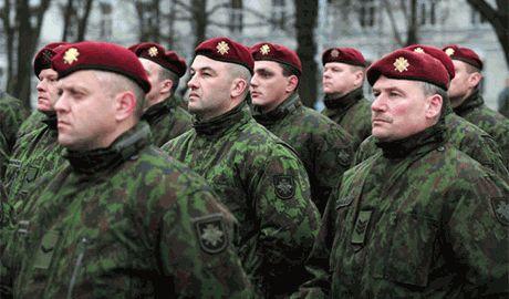 Литовские военные финансово поддержали Украинскую армию