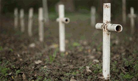Мать российского наемника погибшего на Донбассе искренне уверена, что ее сын поступил правильно когда пошел убивать украинцев