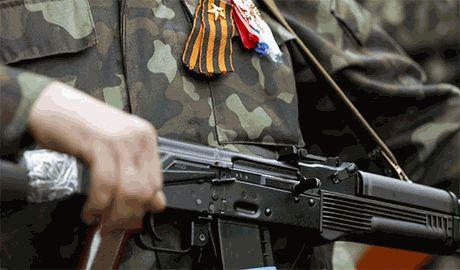 Боевики ЛНР с оружием в руках рвутся освобождать Россию от «социального неравенства»