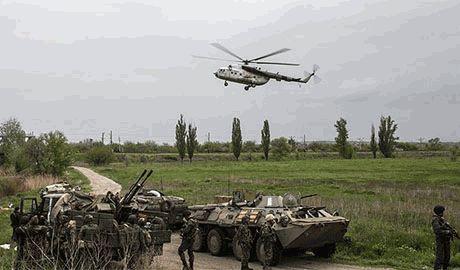 Российские танки продолжают атаки со стороны Новоазовска. Отголоски взрывов уже долетают до Мариуполя
