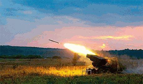 Боевики в ночь на 8 сентября с помощью системы залпового огня «Град» обстреляли Донецк