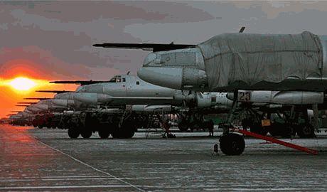 А Путин говорит о мире… Российская боевая авиация готовится взять небо Украины под свой контроль