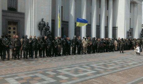 Семенченко с бойцами своего батальона собирается «штурмовать» Верховную раду