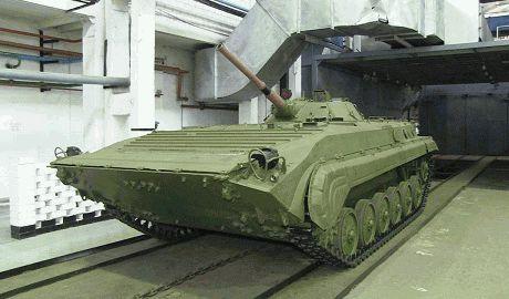 Правительство Украины начало загружать военные заводы заказами