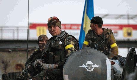 Десант который оставался прикрывать отход украинских войск из луганского аэропорта, прорвался к своим