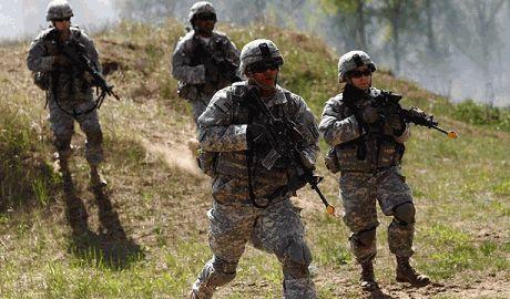 Россия начала масштабные военные учения у границы с Украиной и в оккупированном Крыму