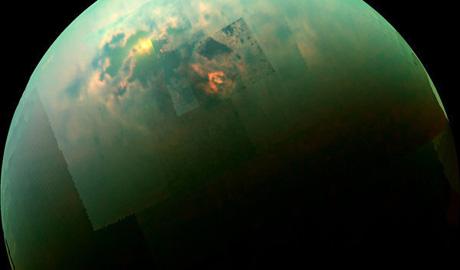 Отражение Солнца на поверхности морей Титана