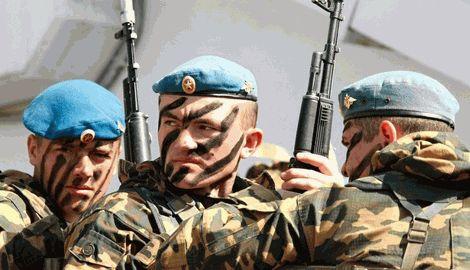 Россияне малыми группами перебрасывают к Стахангову 76-ю десантно-штурмовую дивизию, — ИС