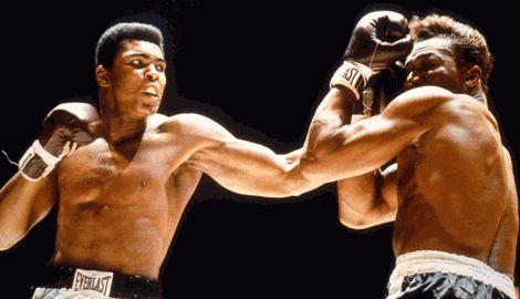Боксер Мухаммед Али находится в тяжелом состоянии и почти перестал разговаривать