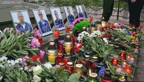 Разные миры и цивилизации, Украина хоронит своих сыновей как героев, а Россия прикапывает как бомжей