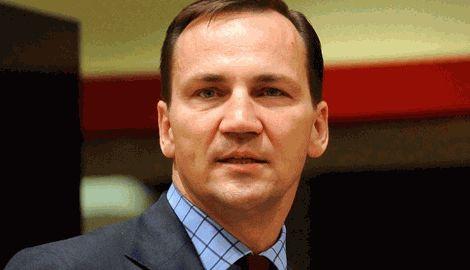 Путин планировал в союзе с Польшей разделить Украину, – Сикорский