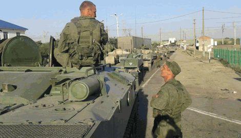 """Террористы """"ЛНР"""" ограбили оккупационные войска РФ, оставив их без снаряжения"""