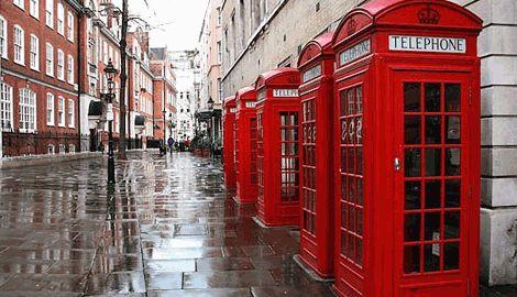 Известные телефонные будки Лондона превратят в современные пункты зарядки мобильных