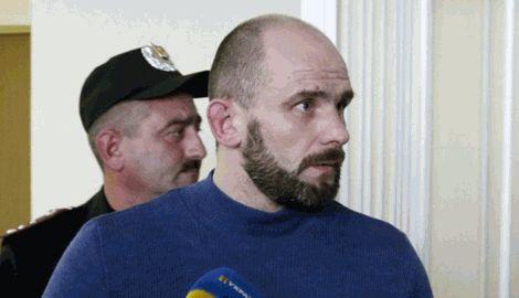 """Командир """"Беркута"""", которого обвиняют в убийстве героев """"Небесной сотни"""" скрылся и находится в розыске"""