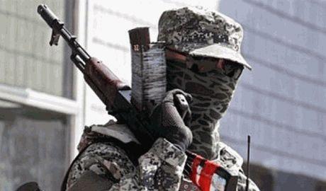 В Снежном террористы и военнослужащие РФ конфликтовали из-за обвинений в непрофессионализме