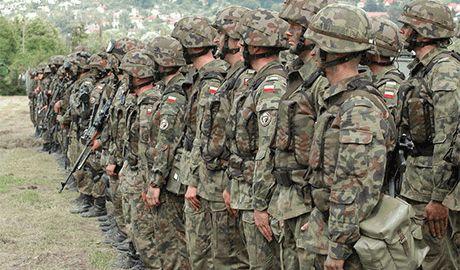 """Мировые СМИ: Концентрируя войска на """"российском направлении"""", Польша кардинально меняет концепцию обороны страны"""