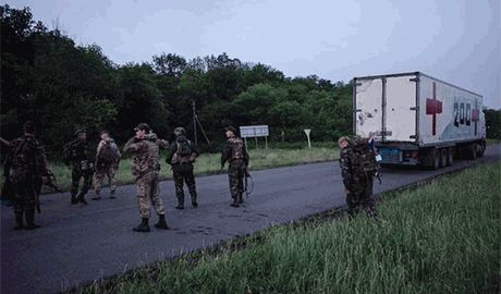 Пока Путин говорит о мире, Груз-200 продолжает прибывать с Донбасса в Россию