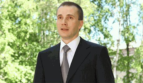 Янукович-младший потребовал от Эстонии разъяснений, почему его семью не пускают в ЕС