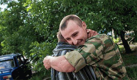 """Российский террорист """"Бес"""" решил отпустить украинских военнопленных"""