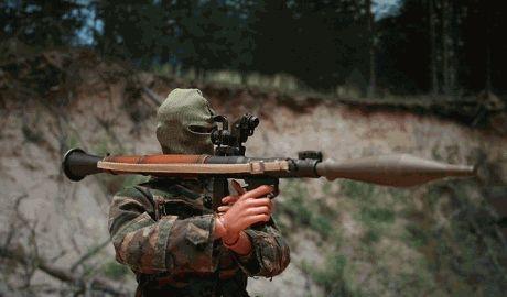 В Харькове из гранатомета обстреляли воинскую часть