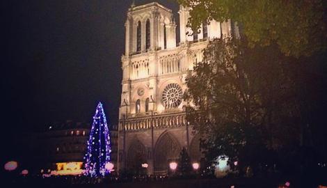 Русская елка в Париже, или бескорыстие по-русски