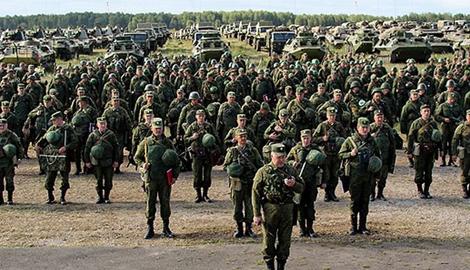 Россия готовится к штурму накапливая военную мощь в Донбассе