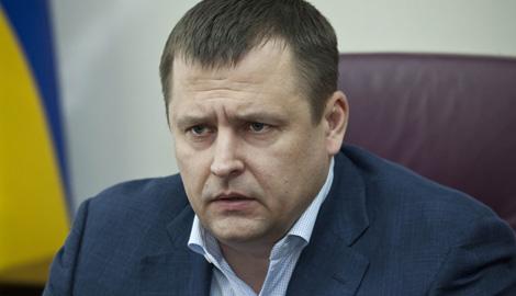 Борис Филатов пообещает посетить кабинет главы ЦИК Михаил Охендовского вместе с комбатами