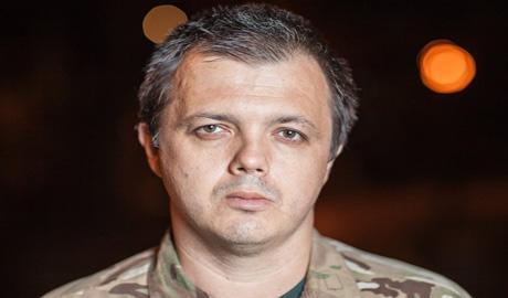 Семенченко: Украина не будет менять министров обороны как перчатки каждые несколько месяцев