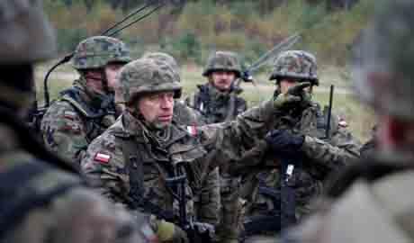 Польша актино готовит армию и собирается перебросить войска к границе с Украиной, Беларусью и РФ