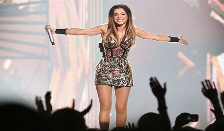 Концерт Ани Лорак в Киеве под угрозой срыва: удастся ли певице выступить на сцене палаца «Украина»?