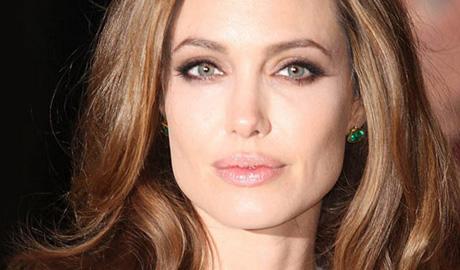 Анджелина Джоли хочет в политику