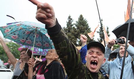 """Чем же так манит российских обывателей кровавый """"цирк"""" под названием ДНР и ЛНР"""