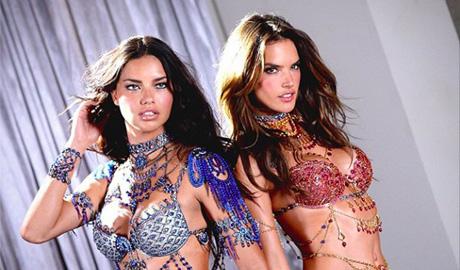 Дорогоцінні набори від Victoria's Secret вартістю 2 мільйони доларів