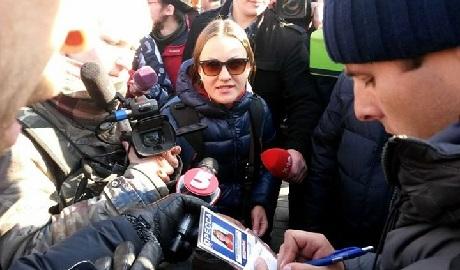 В центре Киева задержали журналистку LifeNews ФОТО